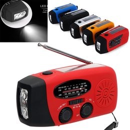 Wholesale AM / FM / WB Solar Radio Licht Emergency Solar Handkurbel Power 3 LED Taschenlampe Electric Torch Dynamo Helle Beleuchtung Lampe GGA969
