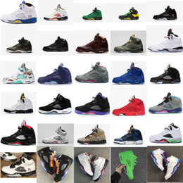 8 Fotos Compra Online Ala de arranque-Zapatillas de baloncesto para hombre  retro 5s en venta París 9f4529096ef