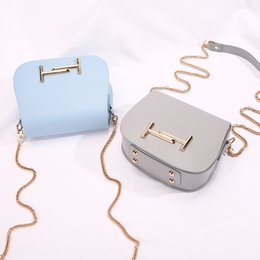 2018 Hot Sale female Faux leather Flap bags For women yellow white ladies  small lock chain mini crossbody shoulder bags YI413 2c2d8e7326e94