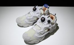 092bc49ab5fa 2018 Fashion Style Insta Pump Fury Tech Solar Orange White Sportstyle  Classic Casual shoes Sneakers Kanye West Unisex Cheap Sale M46319.