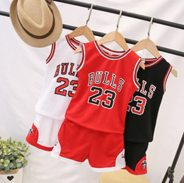 Wholesale hot sale Kids Clothing Sets Boys Girls Sports Sets Children Basketball sports suits Bulls T Shirts Shorts Sets Kids