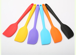 Kitchen mixing tools online shopping - Kitchen Silicone Cream Butter Cake Spatula Mixing Batter Scraper Brush Butter Mixer Cake Brushes Baking Tool Kitchenware