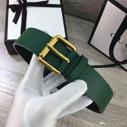 2017 venta caliente Italia importó patrón de cocodrilo de cuero hombres diseñador de lujo marca de promoción de ocio de gama alta biotipo correa masculina envío gratis en venta