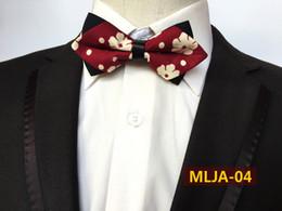 Modello floreale da uomo Bowtie Cotton Jacquard Sharp Corner Papillon Sposo Abiti da sposa Accessori per cravatte