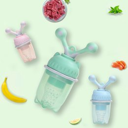 Wholesale BPA Free Baby Fruit Feeder Pacifier Fresh Food Feeder Infant Fruit Teething Toy Silicone Pouches for Toddlers Kids