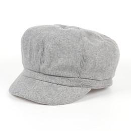 e4c48237b6d79 VORON Men Women Newsboy Driving Flat Gatsby Tweed Sun Hat Country Beret Hat  Baker Cap painter caps octagonal Winter Warm