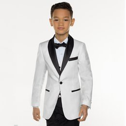 white suit wedding black groom NZ - 2018 White Wedding Suits for Toddler Boys Shawl Lapel Blazers Groom Tuxedos Bridegroom Prom 3 Pieces Jacket Black Pants Vest Party