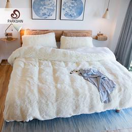 Velvet Duvet Cover King Canada - Parkshin White Cloud Mink Velvet Bedding Set Elegant Duvet Cover Active Printing Bed Linen 4pcs Bedclothes Queen King Size