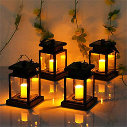 Solar Lantern Hanging Solar Lights Outdoor 4 Pack, Solar Garden Lights per Patio Landscape Yard, Warm White Candle Flicker, Sensore automatico On O