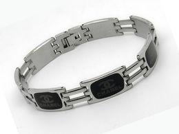 $enCountryForm.capitalKeyWord Australia - Quality Celebrity design Metal Buckle Badge bracelet Metal Cuff bracelet Jewelry Style