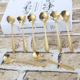 Flower spoon online shopping - Stainless steel flower shaped gold plated spoon The coffee stiring spoon Cherry blossom Sunflower etc beautiful flowers BBA329