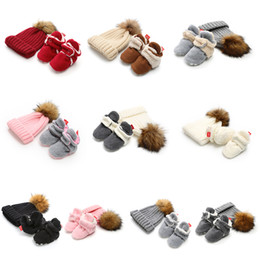 China Baby knitting faux fur ball hat+shoes 2pcs set 2018 winter Infant First Walkers Soft bottom Toddler cotton shoes 10 colors C5173 supplier knitting baby shoes suppliers