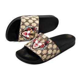 11f44a5410f Wholesale-Tiger Head Luxury Brand Designer Men s Slippers Fashion Belt Logo Men s  Summer Slides Beach Sandals Bathroom Use