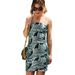 36832f02f6b Sexy Women Slip Dress Floral Leaves Print Spaghetti Strap robe d été 2018  Slim Fit moulante robe d été Tube Robe jaune   vert