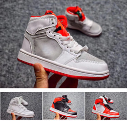Signed Shoes Canada - .Jointly Signed High OG 1s Kids Basketball shoes Chicago 1 Infant Boy Girl Sneaker Toddlers New Born Baby Trainers Children footwear