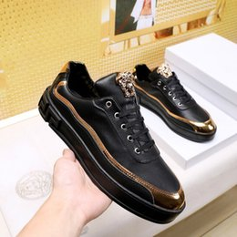 $enCountryForm.capitalKeyWord NZ - 2018 popular designer running shoes leather casual shoes comfortable men's casual shoes mixed color matching box xz157