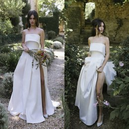 plus side strapless wedding dresses Australia - Lihi Hod 2019 A Line Wedding Dresses Satin Strapless Split Plus Size Bridal Gowns Country Vestidos De Noiva