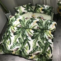 Silk tencel duvet coverS online shopping - 60S Tencel silk Leaf Strawberry print Cute Bedding set king queen size pink white Bedlinen Bed Sheet Duvet cover set Pillowcase