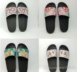 2018 Fashion sandals slippers for men and women WITH BOX Hot Luxury Designer flower printed unisex beach flip flops slipper BEST QUALITY#339 pre order sale online sale clearance 2015 online affordable sale online HGknVojGug