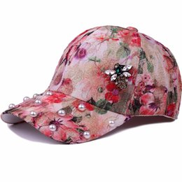 d2d0d1292cb88 New Branded Fashion Printing Flower With Rhinestone Bee Pearl Baseball Caps  Outdoor Summer Sun Floral Snapback Cap Hat For Women