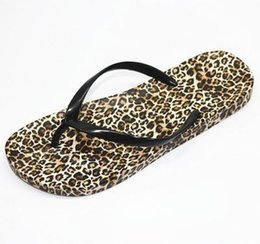 831364f62f10 summer leopard printed Sandals beach flip flops flat beach sandals casual  shower slippers non-slip ladies shoes