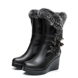 China Most popular 2018 New Fashion Winter Warm Comfort Real Rabbit Hair Cowhide Leather Boots Snow Boots Women Shoes Boots Wedges High Heels suppliers