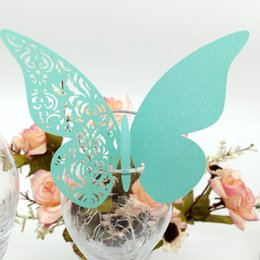 $enCountryForm.capitalKeyWord Australia - Laser Cut Place Cards With Butterfly Flowers Paper Cutting Name Cards For Party Decorations Seating Place Cards Weddings PC-B21