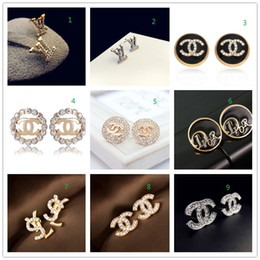 Ball Box plastic online shopping - prices HOT Brand K Gold Silver Stud Earrings Pearl Diamond Pendant Letter Logo Jewelry Party Gift Box AAA1