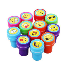 $enCountryForm.capitalKeyWord UK - wholesale 5 lot Cute Cartoon Smile Face Self Inking Rubber Stamp Set for Scrapbooking school supplies with gift box