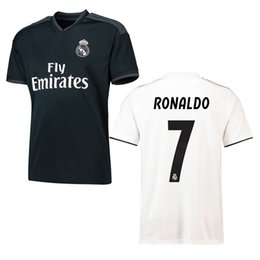 48e05d2d7 Maillot de foot Camiseta futbol real madrid 2018 Champion de League Liga Soccer  Jerseys realmadrid RONALDO KROOS football madird Shirt 18 19