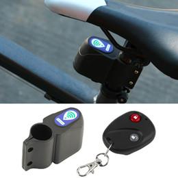 Venta al por mayor de Alarma de bicicleta Cerradura Antirrobo Ciclismo Cerradura de seguridad Control remoto inalámbrico de alarma de vibración para Mountain Road Bike Bell