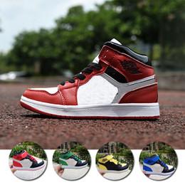 2018 Original Kids 1s Basketball Shoes Children Boy Girl 1 Top 3 Bred Black Red White Sneakers Birthday Gift