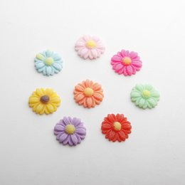 Chinese  Resin Flat back Daisy Flower Patch Jewelry DIY Making Jewelry Fittings Buttons Phone Decor Headwear Accessories Multi Candycolor manufacturers
