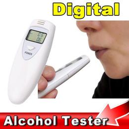 Alta Qualidade Testador de Álcool Digitale LCD Portátil Testador de Álcool Respiração Respirador Breathalizer Detector DHL UPS Frete Grátis venda por atacado