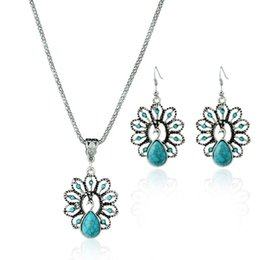 Peacock Pendant Set NZ - Wholesale Hot Bohemian Style Necklace Jewelry Set Gift Peacock Turquoise Gemstone Pendant Necklace Earrings For Women