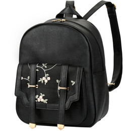 d48044bf494 Vbiger Black Women School Backpack Chic Travel Backpacks Casual Daypack  Fashionable Student Shoulders Bag with Embroidery Decor