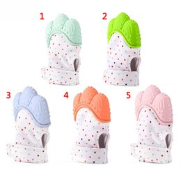 $enCountryForm.capitalKeyWord Canada - New Arrival Baby Gloves Teething Mitten BPA Safe Silicone Teether Toy Mini Mitt Chewable Glove let baby more healthy Baby Molar Stick
