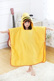 Discount kids embroidered towels - 3Pcs lot Children Bathrobe Baby Kids Yellow Bee Cotton Cape Cloak Animal Hooded Towel Boys Girls Beach Swimming Towel Ba