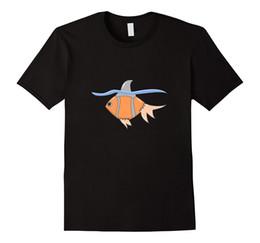 Discount shark fins - Cute Goldfish Shark Fin T Shirt - Funny Fish Lover Gift Cool Funny T Shirt Men High Quality Tees Round Neck Men Top Tee