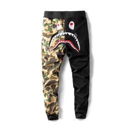 Pantalones de chándal de boca de tiburón de los hombres Pantalones de compresión de color de la marca Diseño de la marca Pantalones de deporte de Hip Hop Jogger Hombres Cintura elástica Trous