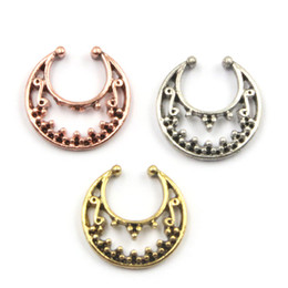 gold hoop nose piercing UK - 30pcs clip on hoop nose rings faux piercing indiano alloy plated rose gold and silver nose ring fake septum clicker N0049