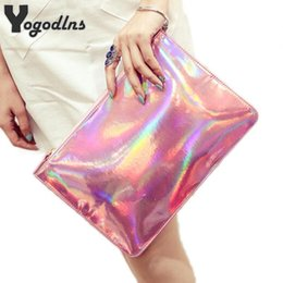 ladies handbags designer Canada - Luggage Hand 2019 Fashion women messenger bags ladies Envelope Clutches handbag Laser women bags Designer clutch bag