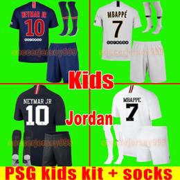 PSG soccer jerseys Kids kit paris saint 18 19 germain MBAPPE 2018 2019  CAVANI football shirt uniforms VERRATTI DI MARIA DRAXLER child boys e69bc425e