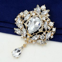 Discount gold flower brooches - Gold Tone Huge Waterdrop Pendent Big Flower Brooch Luxury Elegant Wedding Bridal Dress Brooch
