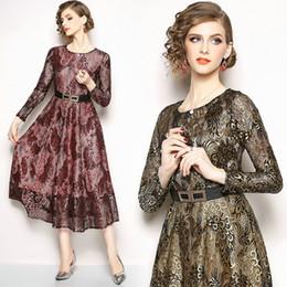 14ebc86d3 Otoño invierno nuevo vestido de encaje ahueca hacia fuera la manga larga  vestidos de las mujeres de moda sexy elegante gran columpio vestidos de  fiesta ...