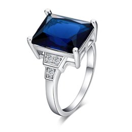 $enCountryForm.capitalKeyWord UK - 18K White Gold Plated Crystals Cluster Big Blue Cubic Zircon CZ Square Finger Ring Fashion Womens Jewelry Bijoux for Party Wedding