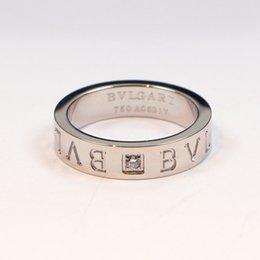 Vente en gros Nouveaux bijoux 316L acier au titane 18K Rose Gold Love CZ Bague Femmes Bague Plaqué Or 18K Fine Jewelry