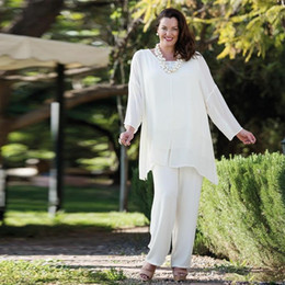 5af01fe3111 3 Pieces White Chiffon women evening pant suits Plus Size Mother of the  Bride Pant Suits Mother Lady Bridal Wear Wedding Guest Suits Custom