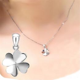 Necklaces Pendants Australia - Necklaces Pendants Women's Four-Leaf Clover Of Design Of Necklace Pendant Chain Vintage Choker 2018