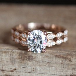 $enCountryForm.capitalKeyWord Australia - Rose Gold Color Ring White Stone Rings for Women Wedding Engagement Crystal Ring Jewelry Bague Femme Luxury Anillos Mujer Z3D148